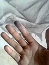 I love when my finger full of dust of wall paint and pencil